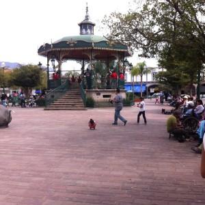 plaza 10