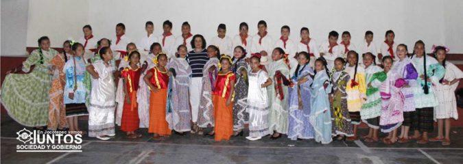 EL DIF.MUNICIPAL FESTEJA A LAS MADRES DEL MUNICIPIO DE JOCOTEPEC,JAL.